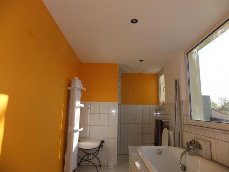 R novation salle de bains degats des eaux for Peinture de renovation